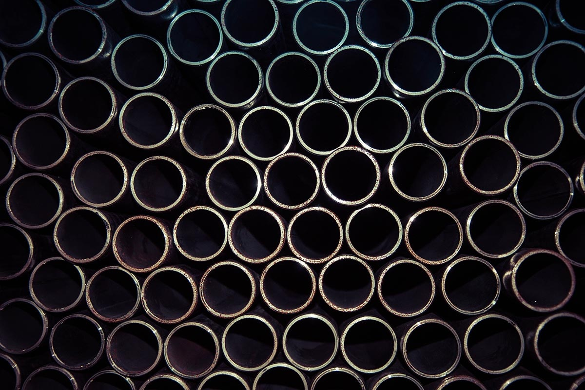 Bent and laser catted tubes and pipes made of steel